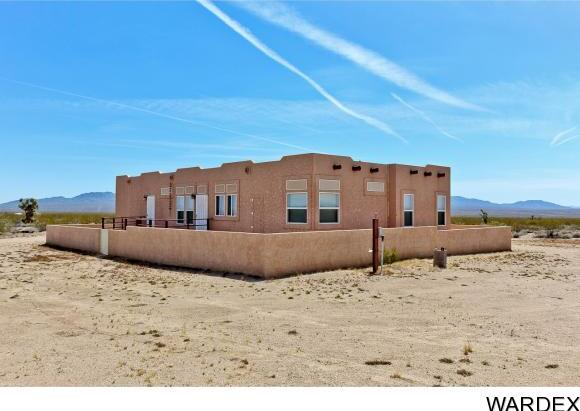 19064 S. Butch Cassidy Rd., Yucca, AZ 86438 Photo 5