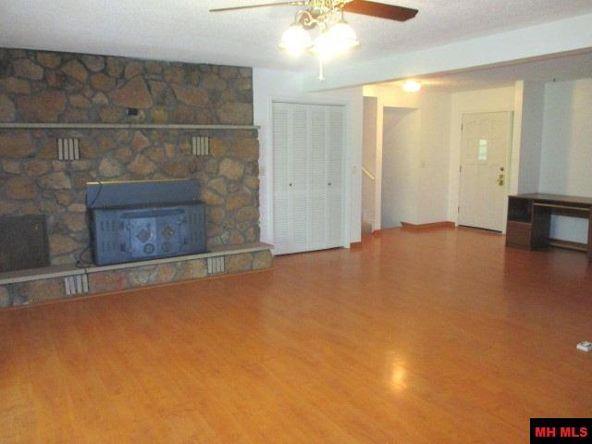 314 Green Valley Dr., Mountain Home, AR 72653 Photo 3