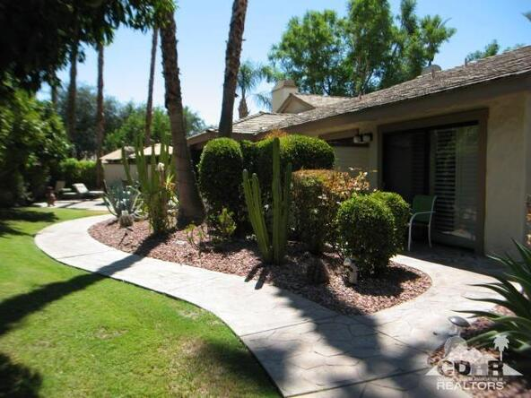 102 Don Miguel Cir., Palm Desert, CA 92260 Photo 2