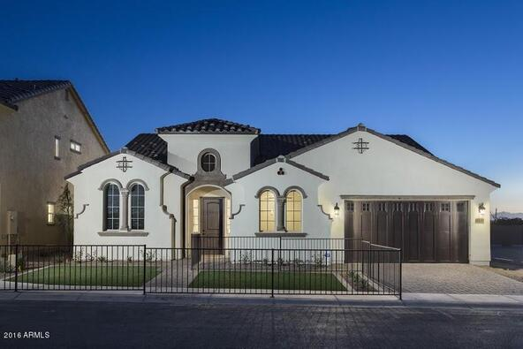 8420 S. 8th Ln., Phoenix, AZ 85041 Photo 1