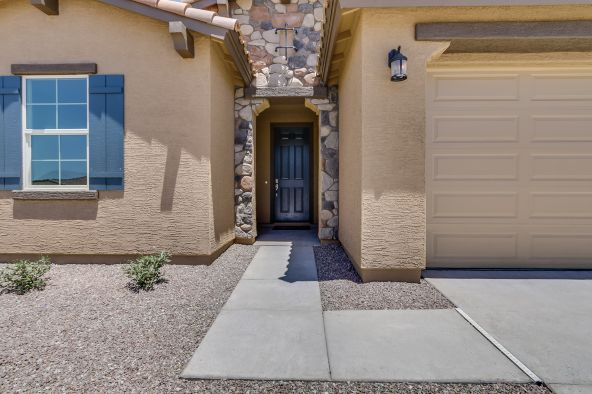 10710 W Brooklite Lane, Peoria, AZ 85383 Photo 3