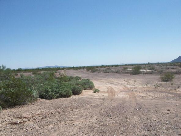 0 N. Avenue 72 E. --, Dateland, AZ 85333 Photo 3