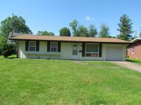 Home for sale: 1504 Hendrickson, Marion, IL 62959