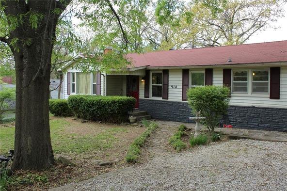 914 E. Lakeside Dr., Fayetteville, AR 72701 Photo 6