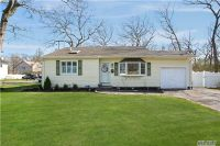 Home for sale: 10 Oakwood St., Blue Point, NY 11715