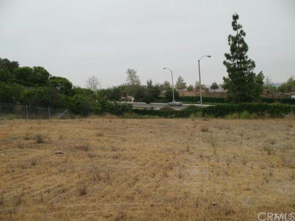 7230 Chabot Ct., Riverside, CA 92506 Photo 14