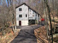 Home for sale: 1381 Woodview Terrace, Lake Ariel, PA 18436