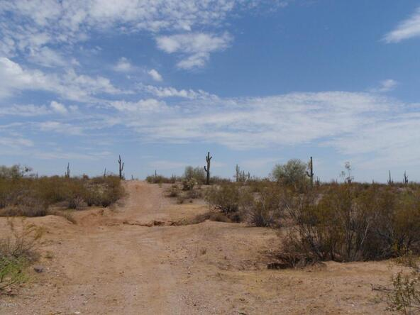 422xx N. Castle Hot Springs Rd., Morristown, AZ 85342 Photo 4