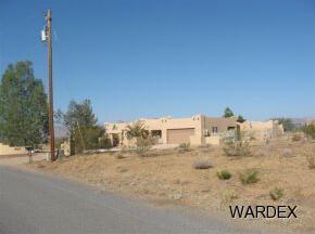 891 S. Salt Pl., Golden Valley, AZ 86413 Photo 5