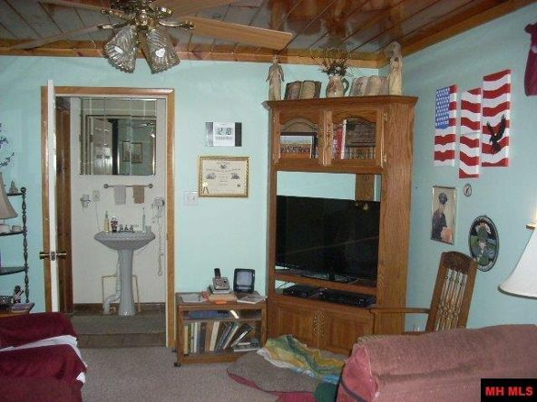 4649 Denton Ferry Rd., Cotter, AR 72626 Photo 8