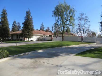 9241 Laramie Ave., Bakersfield, CA 93314 Photo 2
