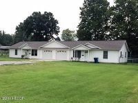 Home for sale: 805 Newton, Johnston City, IL 62951