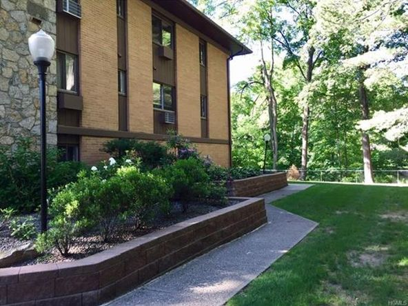 10 Oakwood Terrace, Unit #20, New Windsor, NY 12553 Photo 11
