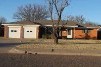 Home for sale: 1613 Dallas St., Plainview, TX 79072