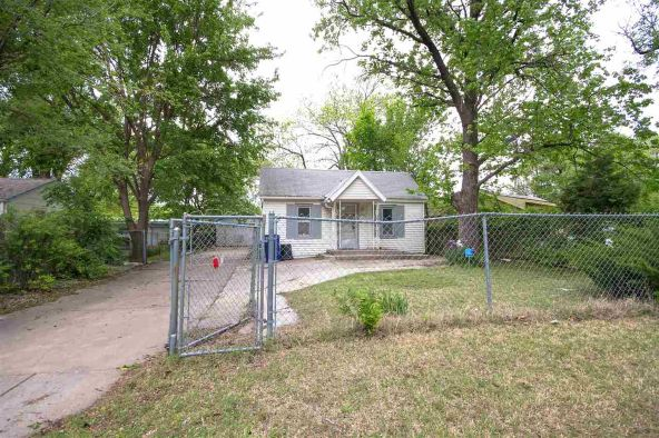 3159 N. Park Pl., Wichita, KS 67204 Photo 4