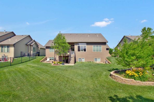 530 N. Woodridge, Wichita, KS 67206 Photo 10