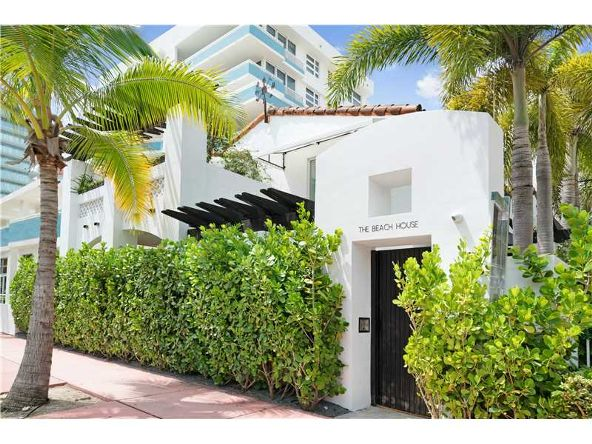 222 Ocean Dr., Miami Beach, FL 33139 Photo 10
