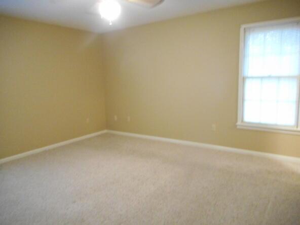 504 Honeysuckle Ln., Albertville, AL 35950 Photo 15