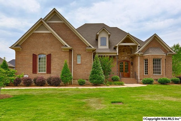 4 Sotheby Pl., Gurley, AL 35748 Photo 1