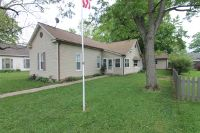 Home for sale: 909 E. Granary St., New Harmony, IN 47631