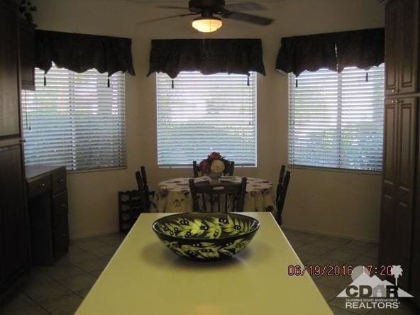 37671 Pineknoll Avenue, Palm Desert, CA 92211 Photo 28
