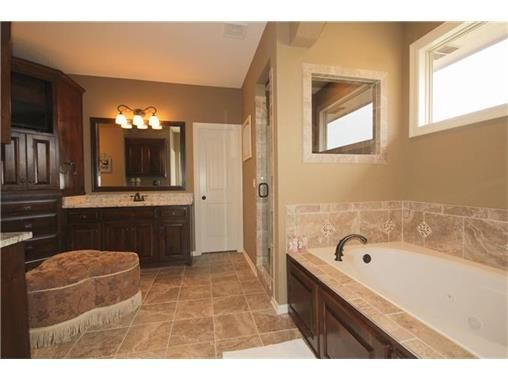 16421 Monrovia St., Overland Park, KS 66221 Photo 12