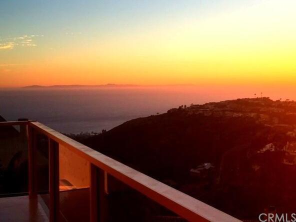 2556 Temple Hills Dr., Laguna Beach, CA 92651 Photo 2
