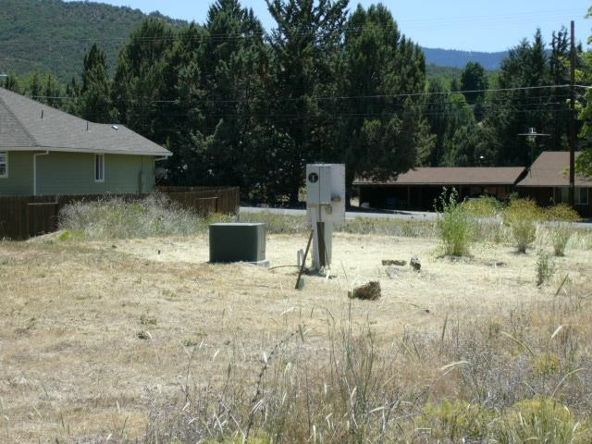 931 Oberlin Rd., Yreka, CA 96097 Photo 3