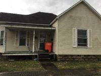 Home for sale: 218 Randolph, Vandalia, IL 62471