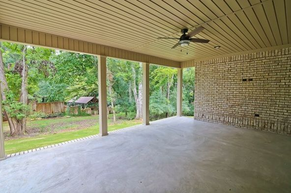 208 Indian Springs Dr., Florence, AL 35630 Photo 9