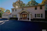 Home for sale: 17 Old Hills Ln., Greenlawn, NY 11740