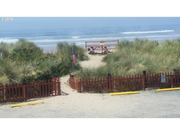 621 S. Pacific 9, Rockaway Beach, OR 97136 Photo 7