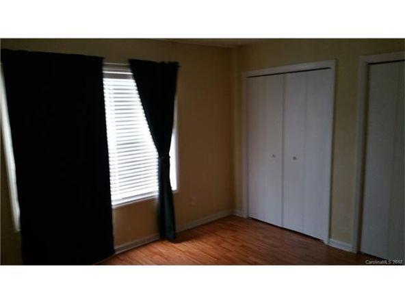 6013 Pinebark Ct., Charlotte, NC 28212 Photo 5