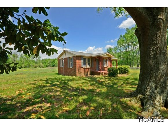 261 Co Rd. 1245, Vinemont, AL 35179 Photo 17