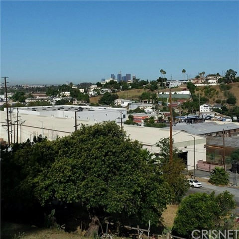 1932 N. Seigneur Avenue, Los Angeles, CA 90032 Photo 1