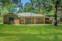 Home for sale: 107 Summit Dr., Conroe, TX 77303