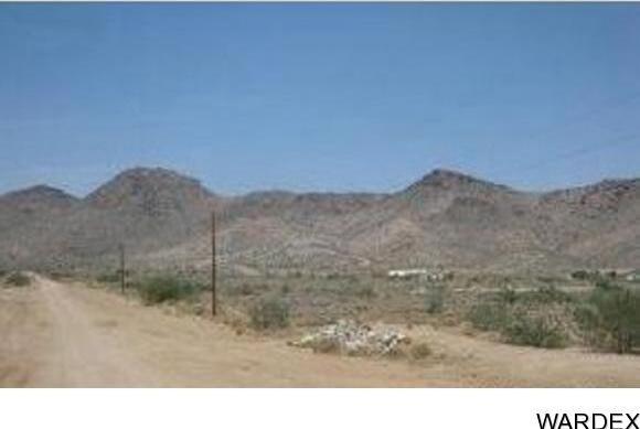 1951 E. Falcon Valley Rd., Kingman, AZ 86409 Photo 1