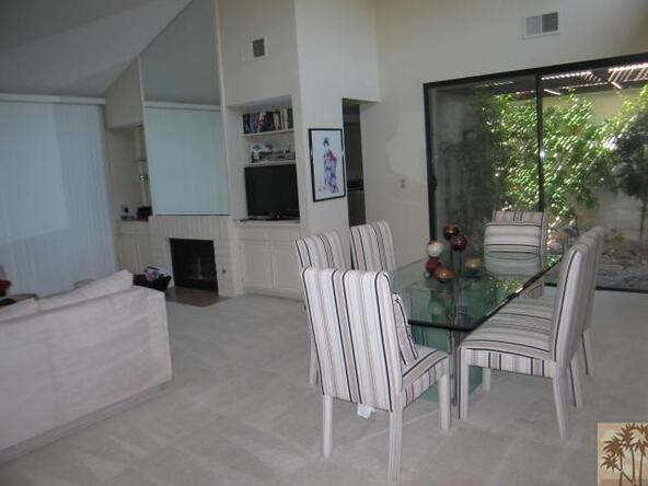 305 Avenida del Sol, Palm Desert, CA 92260 Photo 3