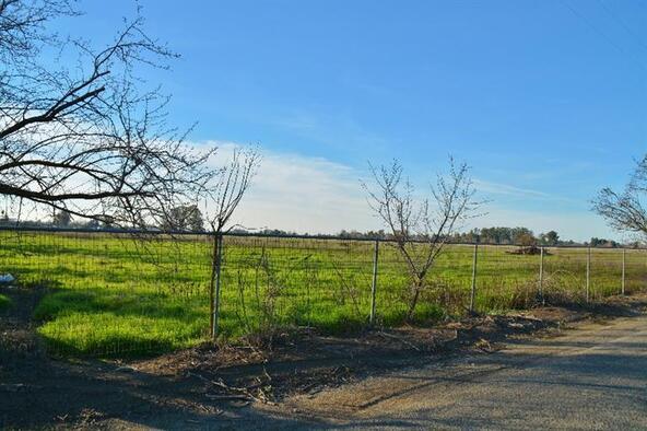 2165 N. Leonard Avenue, Fresno, CA 93737 Photo 3