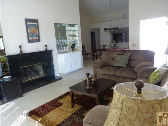 223 Vista Royale Cir. West, Palm Desert, CA 92211 Photo 7