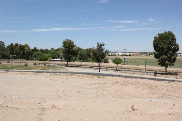 1774 W. 34 Pl., Yuma, AZ 85365 Photo 3