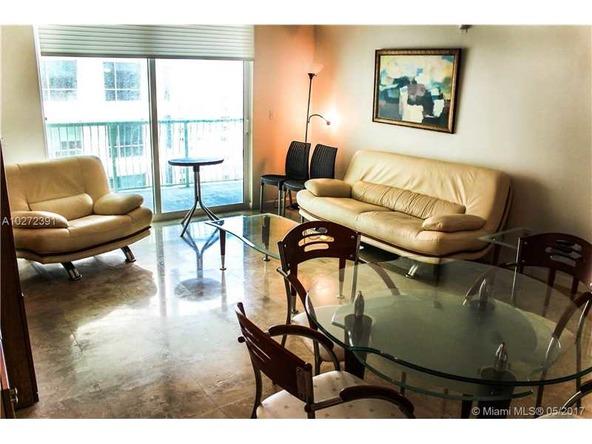 Miami, FL 33131 Photo 9