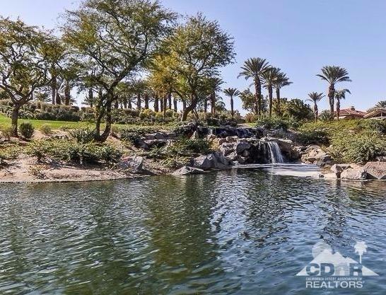 181 Desert Holly Dr., Palm Desert, CA 92211 Photo 2