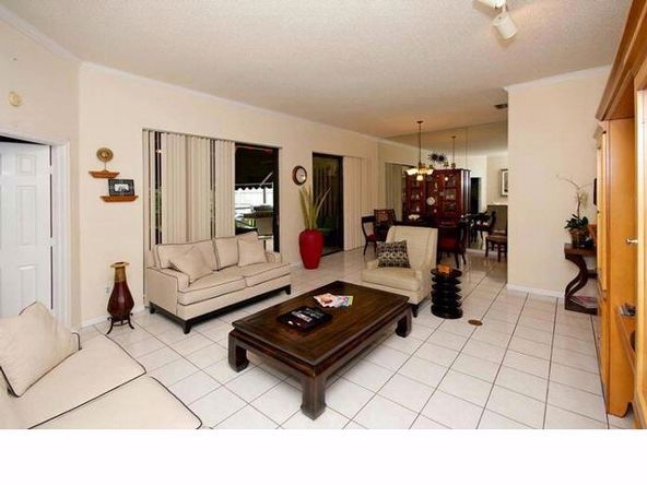 135 Executive Cir., Boynton Beach, FL 33436 Photo 6