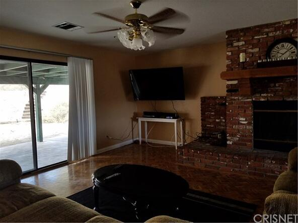 15731 Sierra Hwy., Canyon Country, CA 91390 Photo 75