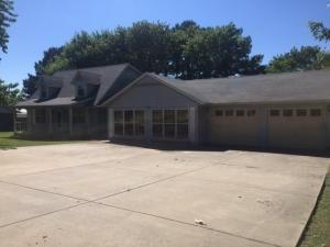 1002 South Springfield Avenue, Green Forest, AR 72638 Photo 1