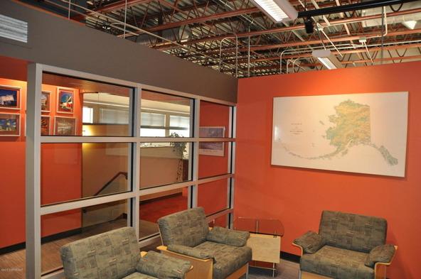808 E. St., Anchorage, AK 99501 Photo 8