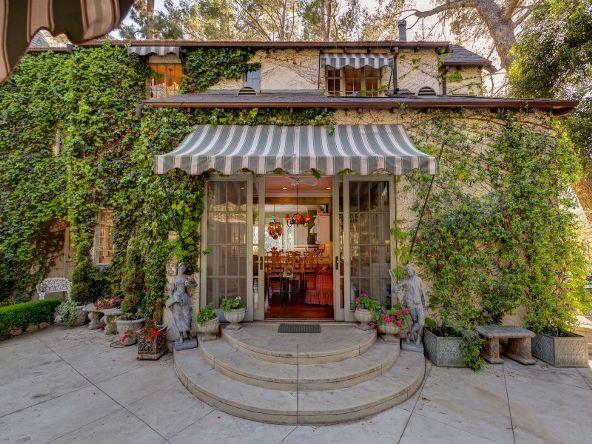 2656 Aberdeen Avenue, Los Angeles, CA 90027 Photo 48
