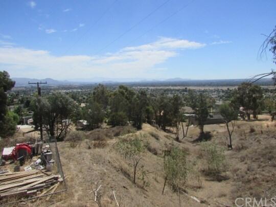 1640 Bonita Vista Dr., San Bernardino, CA 92404 Photo 8