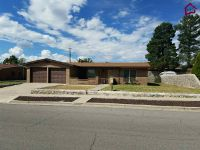 Home for sale: 1227 Edgewood Avenue, Las Cruces, NM 88005